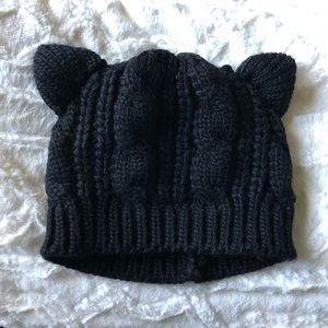 😸 Pussy Cat Women's March Knit Beanie